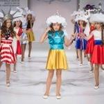 Модний показ для дітей з елементами самогубства України
